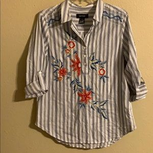 Karen Kane embroidered top medium